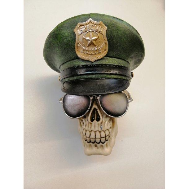 Kranie Police med Solbriller